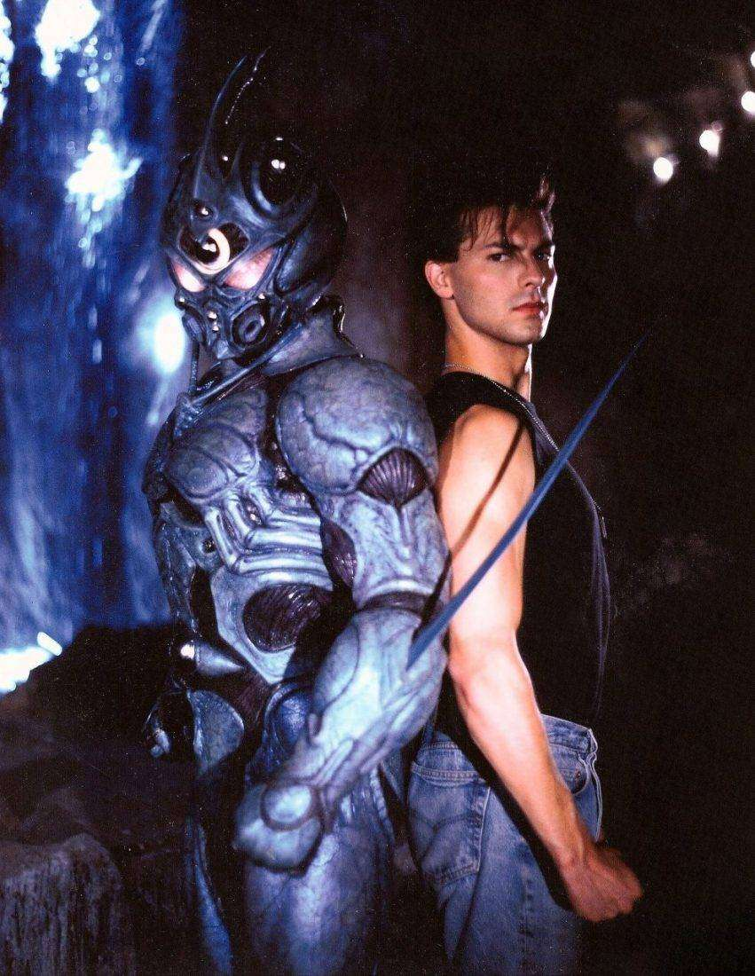 Guyver II - Dark Hero (1994)